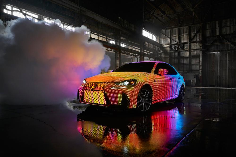 Lexus_LIT_IS_01_E26D782121E3C0D3CB308269CA29CA35D10C97C6.jpg