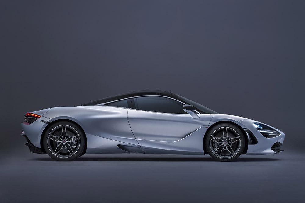McLaren 720S-06-Studio.jpg