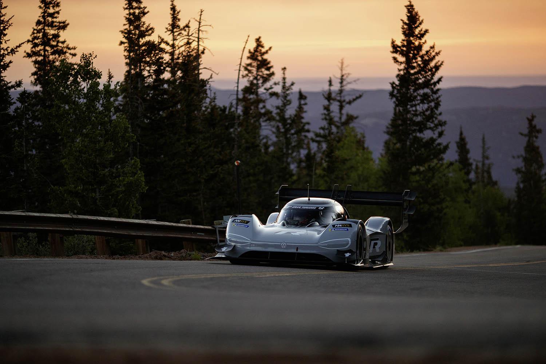 Volkswagen_I._D._R_Pikes_Peak_sets_fastest_time_in_qualifying-Large-8460.jpg