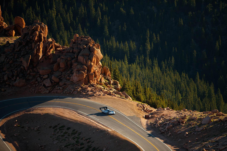 Volkswagen_I.D._R_Pikes_Peak-Large-8454.jpg