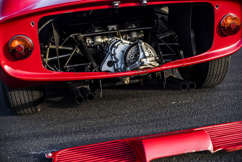 1963-Ferrari-275-P_45.jpg