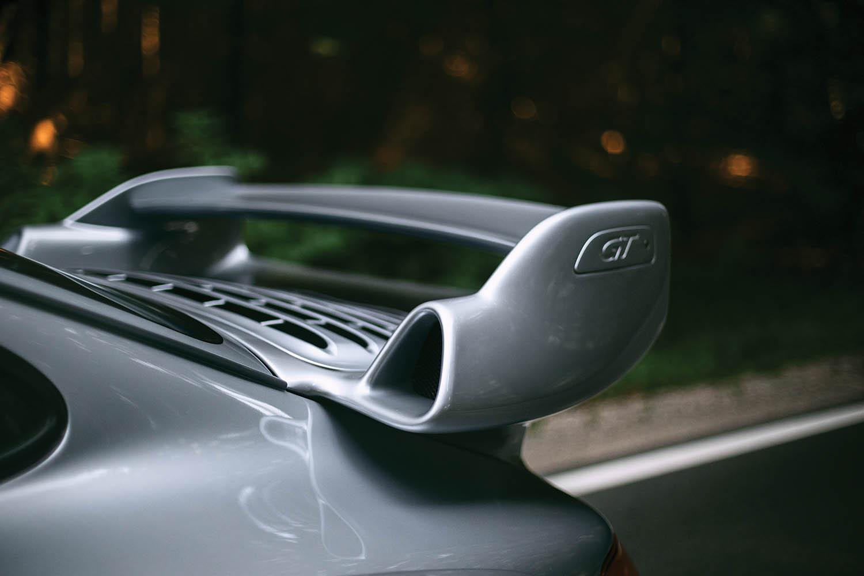 1996-Porsche-911-GT2_6.jpg