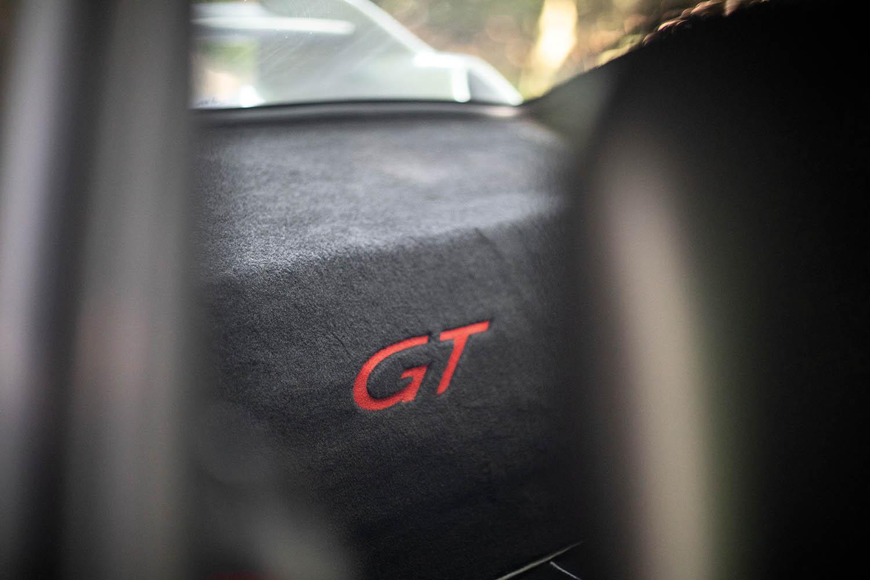 1996-Porsche-911-GT2_13.jpg