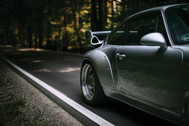 1996-Porsche-911-GT2_17.jpg