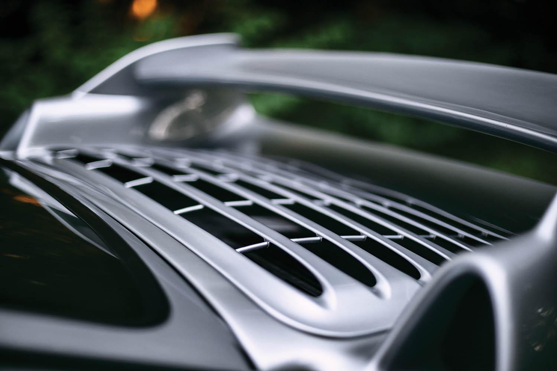 1996-Porsche-911-GT2_20.jpg