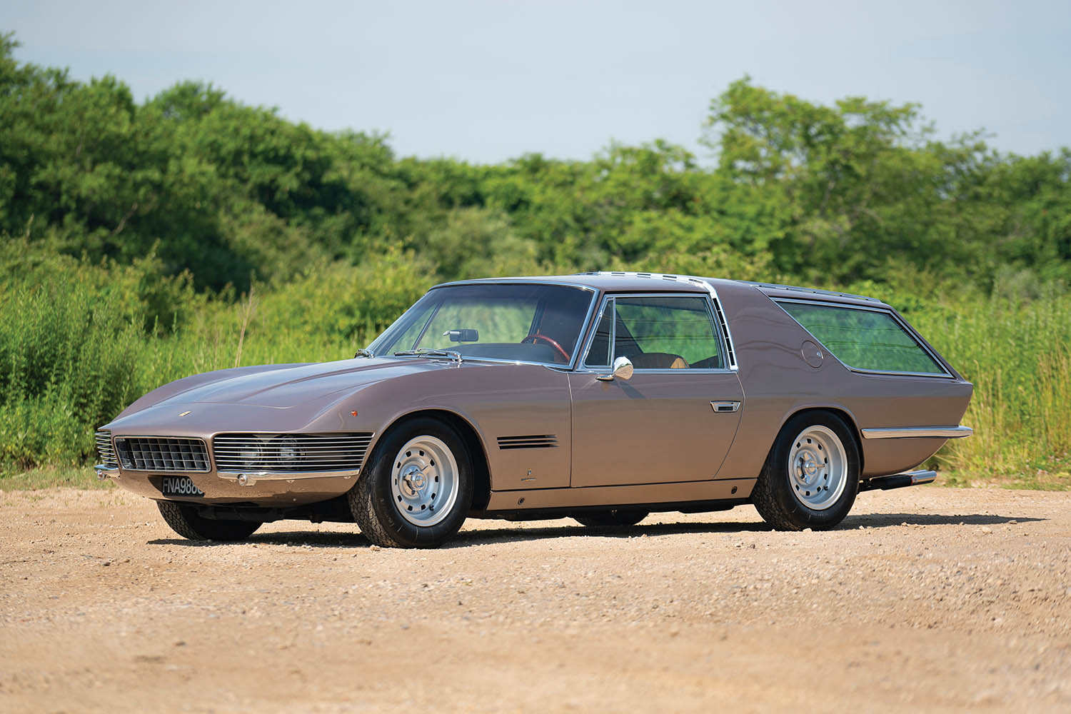 1965-Ferrari-330-GT-2-2-Shooting-Brake-by-Vignale_0.jpg