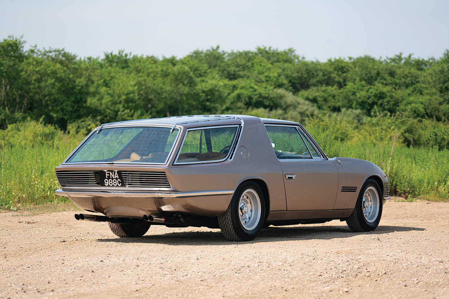1965-Ferrari-330-GT-2-2-Shooting-Brake-by-Vignale_1.jpg