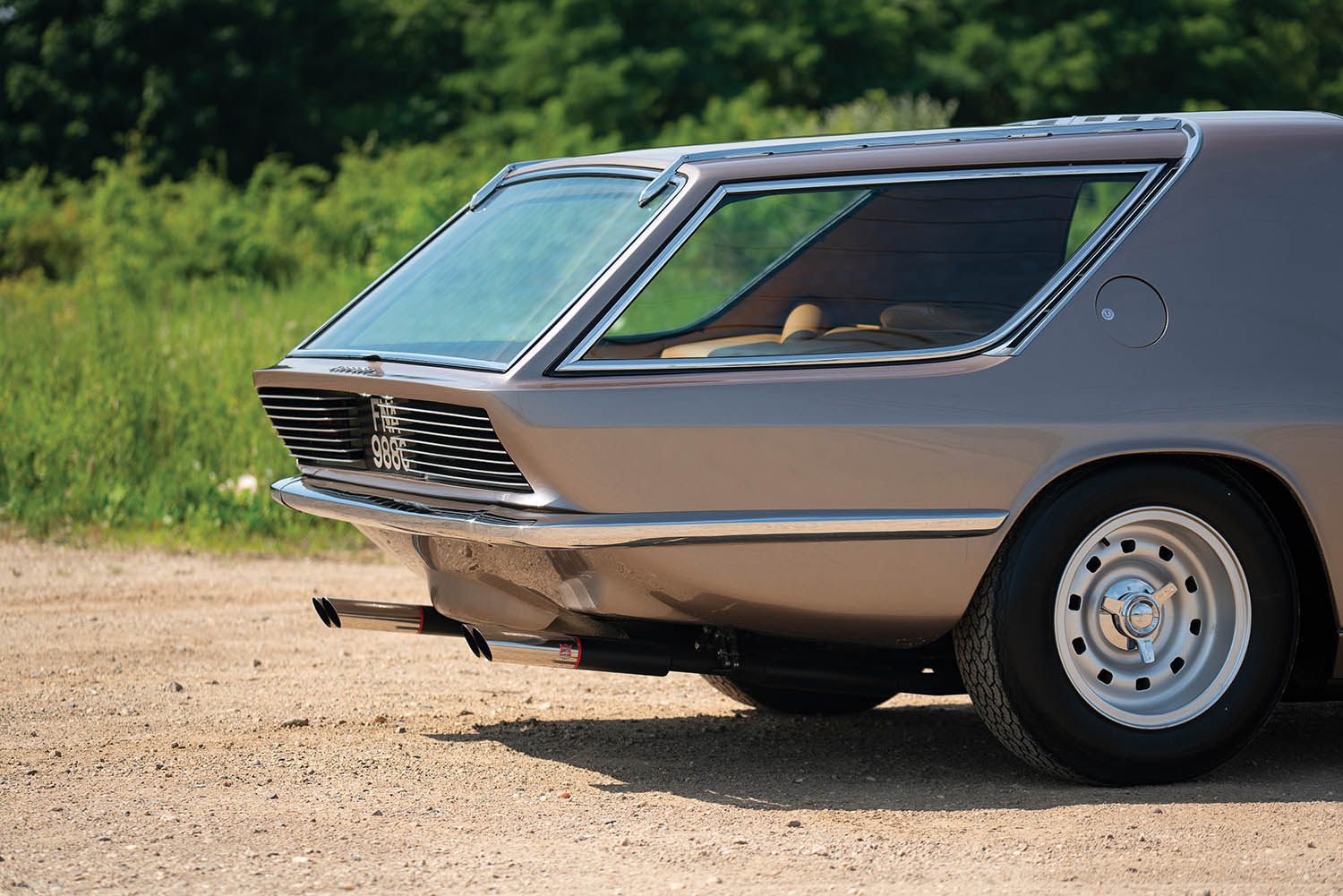 1965-Ferrari-330-GT-2-2-Shooting-Brake-by-Vignale_13.jpg