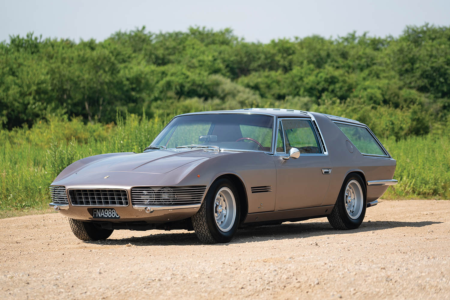 1965-Ferrari-330-GT-2-2-Shooting-Brake-by-Vignale_25.jpg