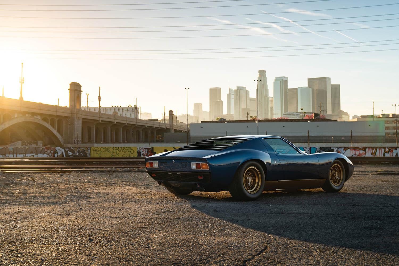 1971-Lamborghini-Miura-P400-SV-by-Bertone_1.jpg