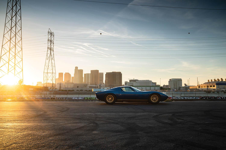 1971-Lamborghini-Miura-P400-SV-by-Bertone_4.jpg