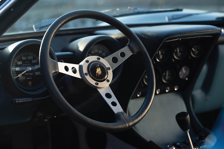1971-Lamborghini-Miura-P400-SV-by-Bertone_10.jpg