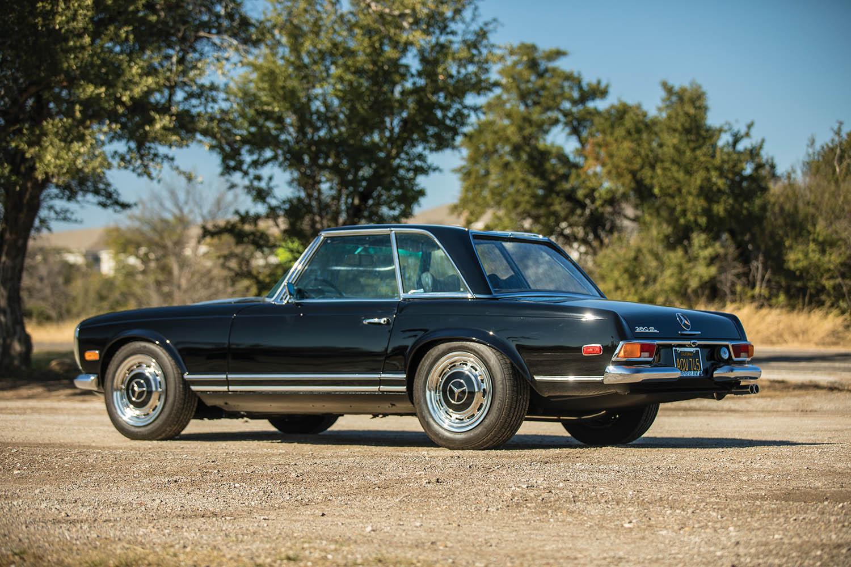1970-Mercedes-Benz-280-SL--Pagoda--Custom_1.jpg