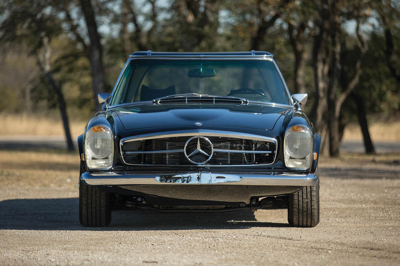 1970-Mercedes-Benz-280-SL--Pagoda--Custom_5.jpg