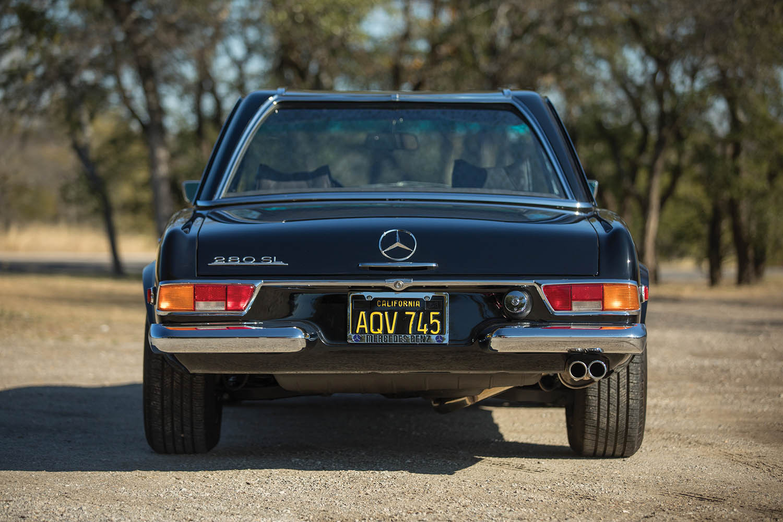 1970-Mercedes-Benz-280-SL--Pagoda--Custom_6.jpg