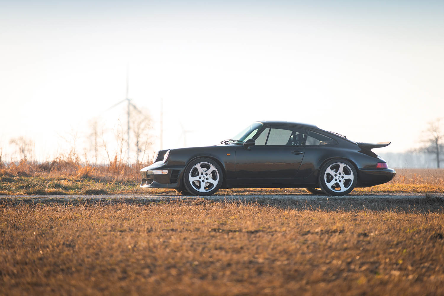 1991-RUF-CR4--Black-Devil-_4.jpg