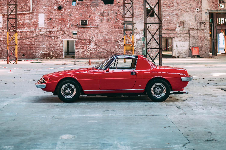 1967-Ferrari-330-GTC-Zagato_30.jpg