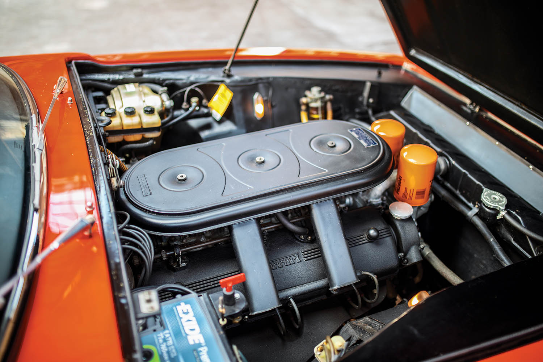 1967-Ferrari-330-GTC-Zagato_24.jpg