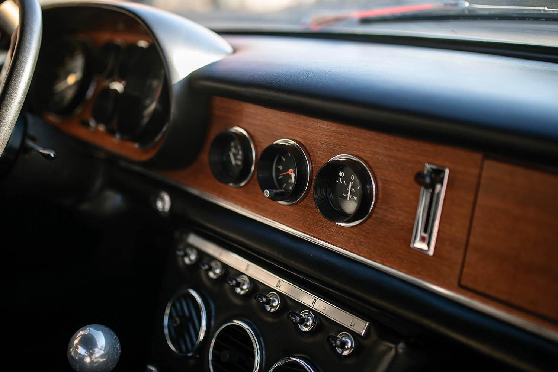 1967-Ferrari-330-GTC-Zagato_18.jpg