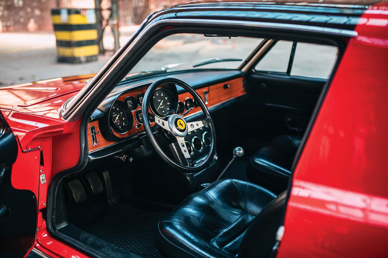 1967-Ferrari-330-GTC-Zagato_3.jpg