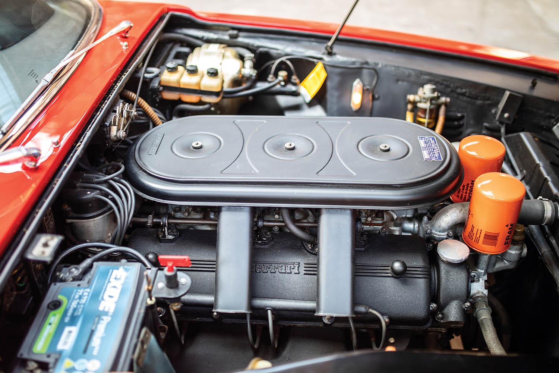 1967-Ferrari-330-GTC-Zagato_2.jpg