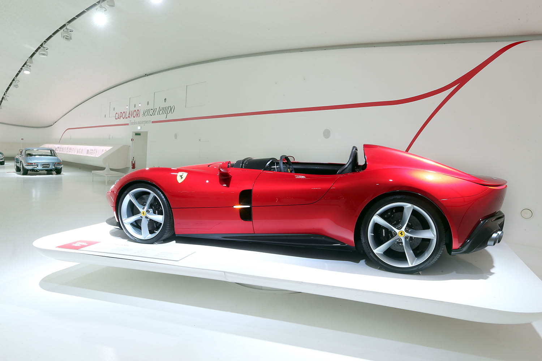 Mef_capolavori_senza_tempo_(21)_Ferrari_Monza_SP1.jpg