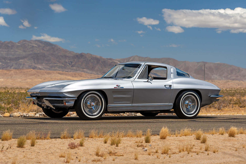 1963-Chevrolet-Corvette-Sting-Ray--Fuel-Injected-_0.jpg