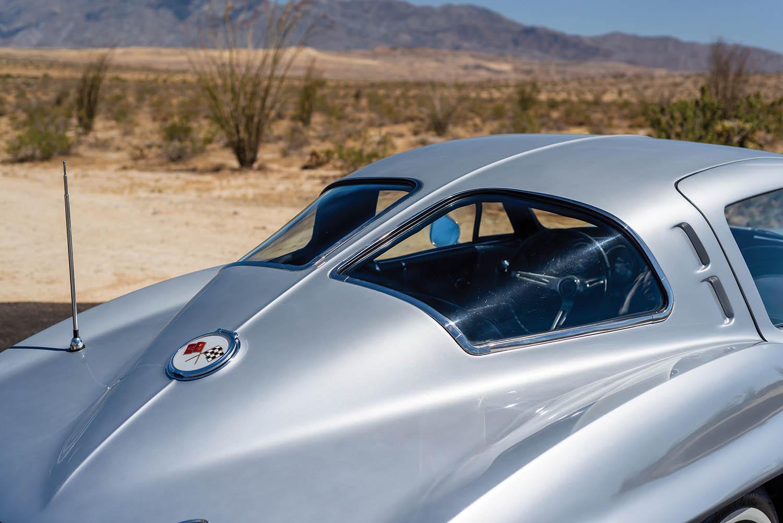 1963-Chevrolet-Corvette-Sting-Ray--Fuel-Injected-_6.jpg
