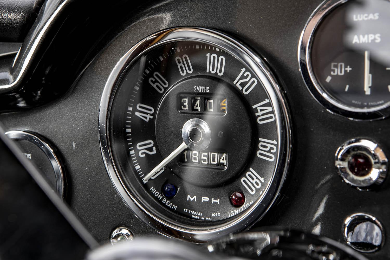 1965-Aston-Martin-DB5--Bond-Car-_15.jpg