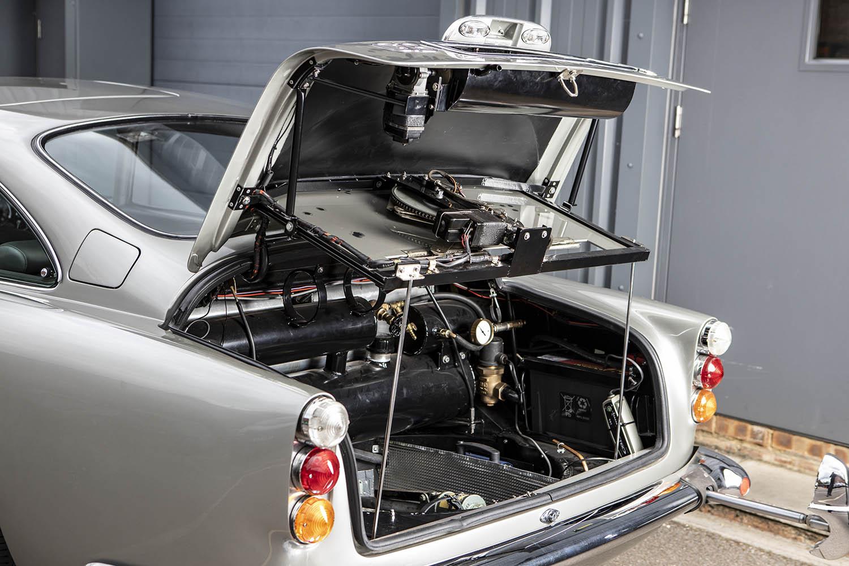 1965-Aston-Martin-DB5--Bond-Car-_28.jpg