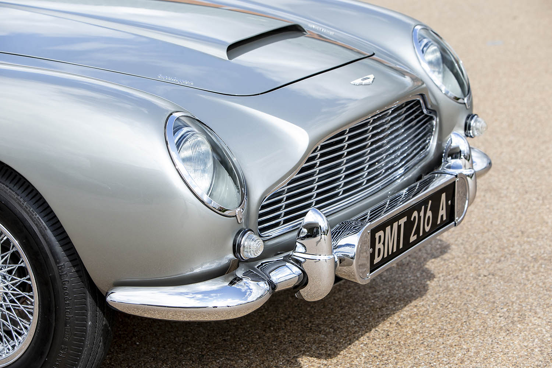1965-Aston-Martin-DB5--Bond-Car-_18.jpg
