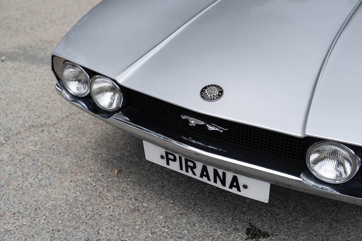 1967-Jaguar-Pirana-by-Bertone_22.jpg