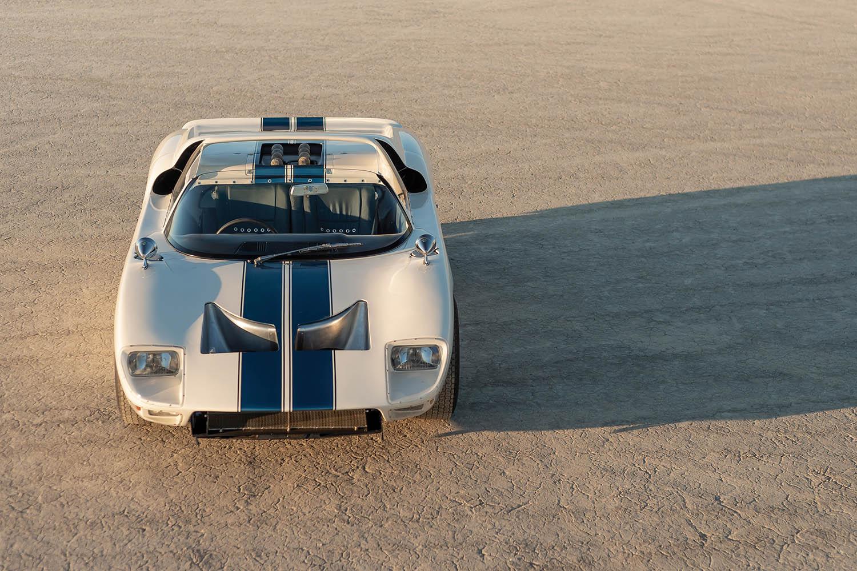 1965-Ford-GT40-Roadster-Prototype-_32.jpg