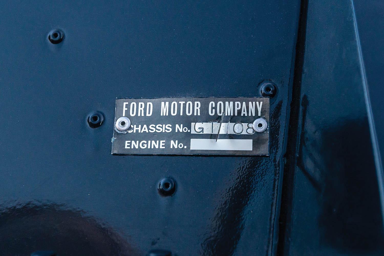 1965-Ford-GT40-Roadster-Prototype-_25.jpg