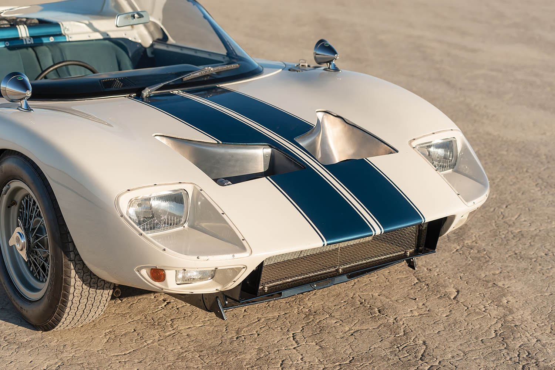 1965-Ford-GT40-Roadster-Prototype-_6.jpg