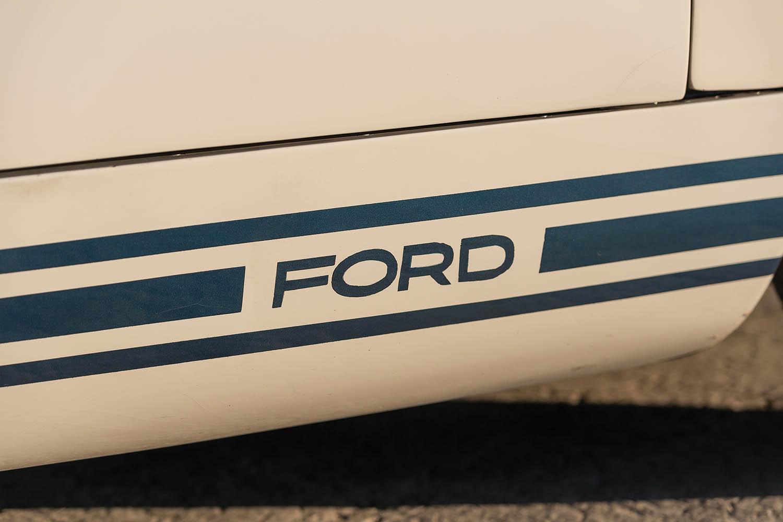 1965-Ford-GT40-Roadster-Prototype-_5.jpg