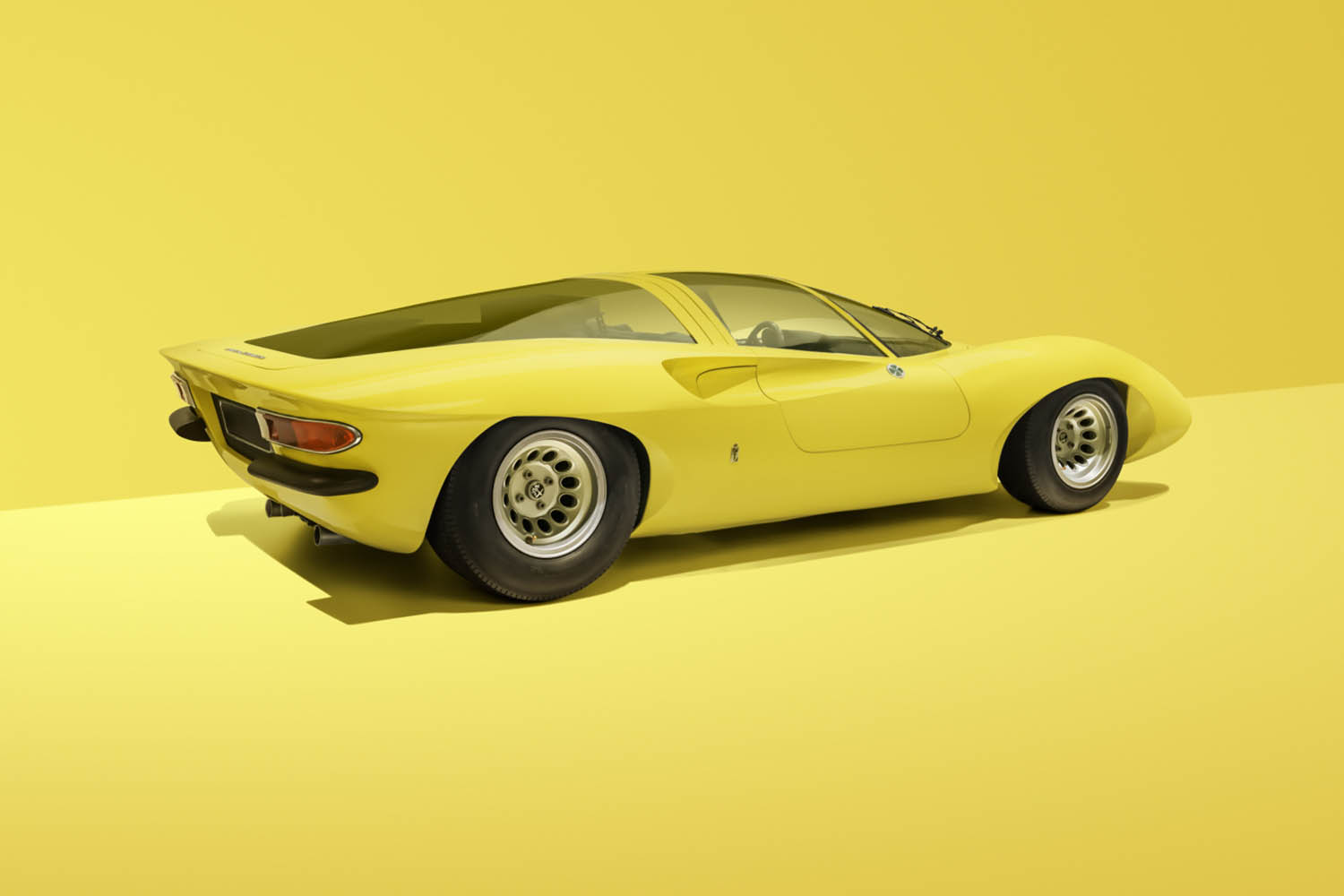 WEDGED_WONDERS_AFLA_ROMEO_33_COUPE_SPECIALE_REAR-34-1423x1660.jpg