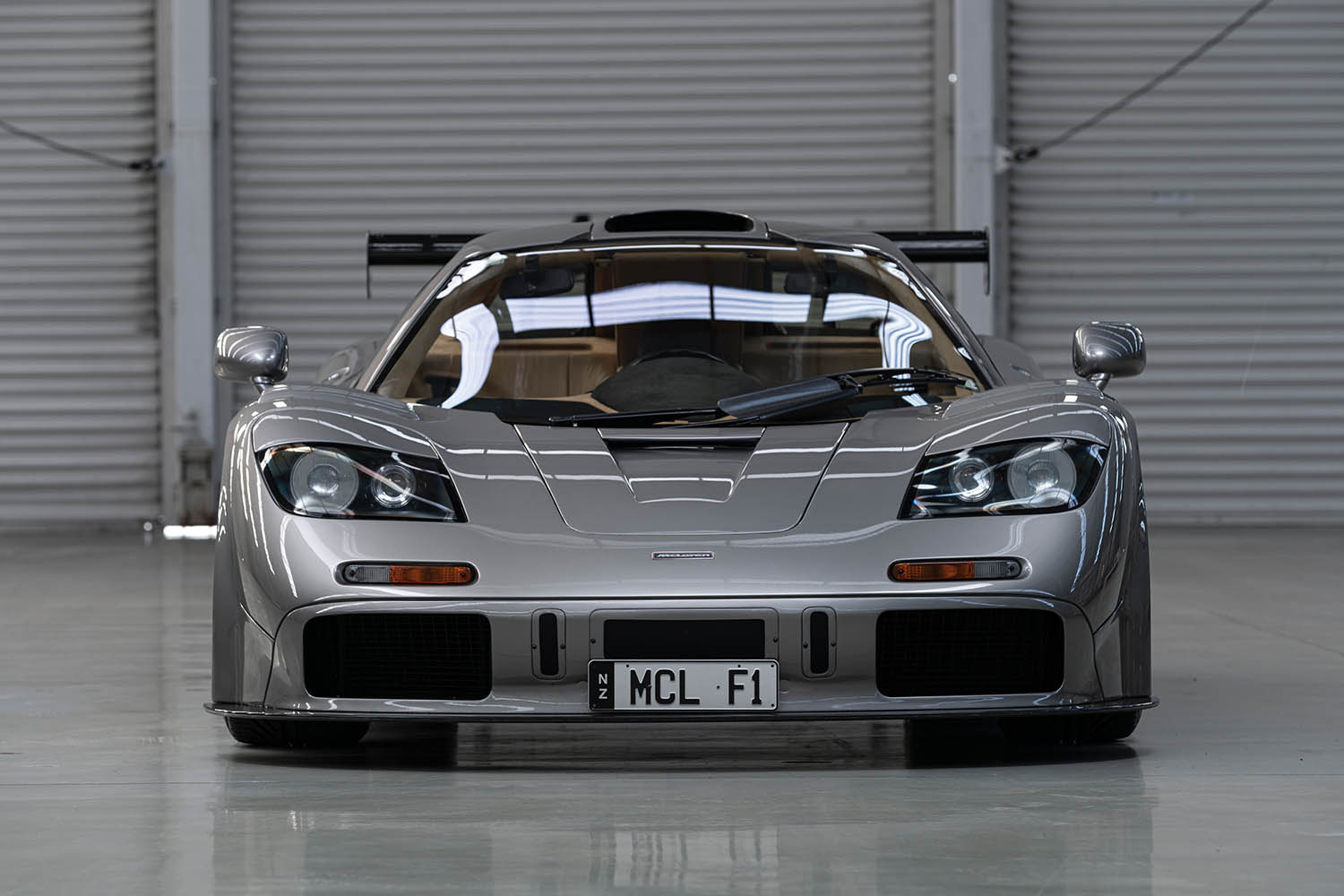 1994-McLaren-F1--LM-Specification--_6.jpg