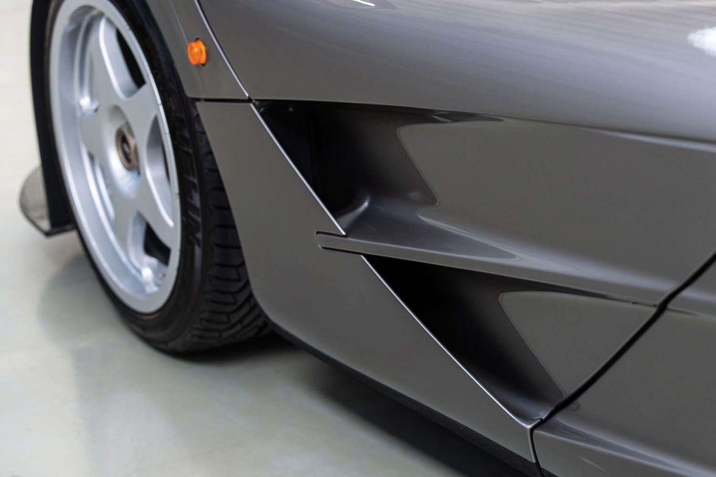 1994-McLaren-F1--LM-Specification--_16.jpg