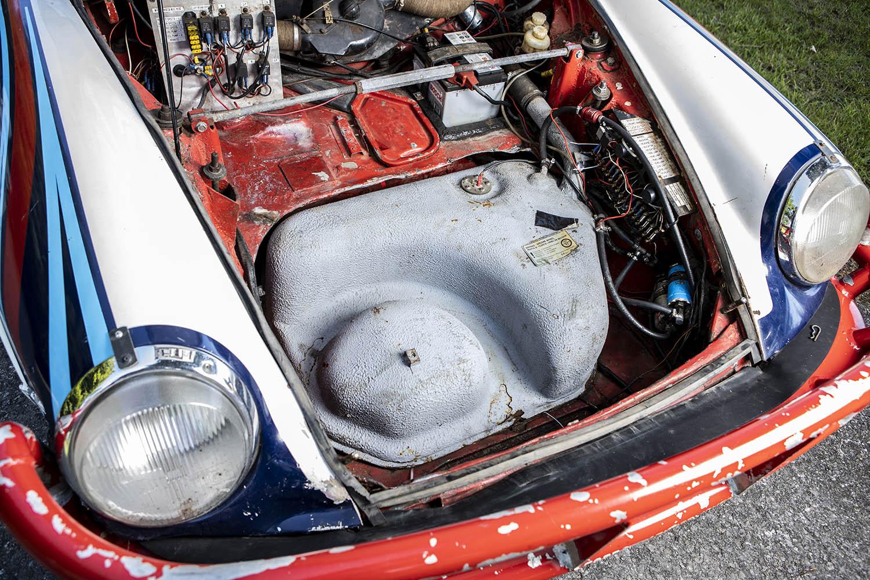 1976 Porsche 911 Carrera 3.0-Litre Rally Car boot.jpg
