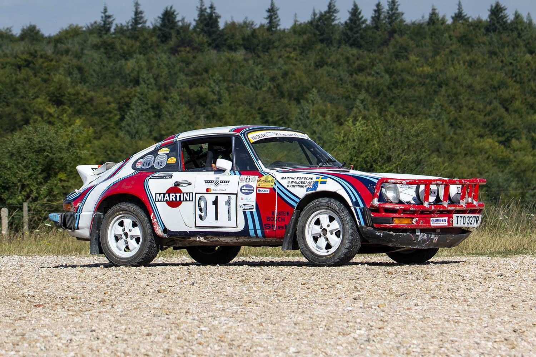 1976 Porsche 911 Carrera.jpg