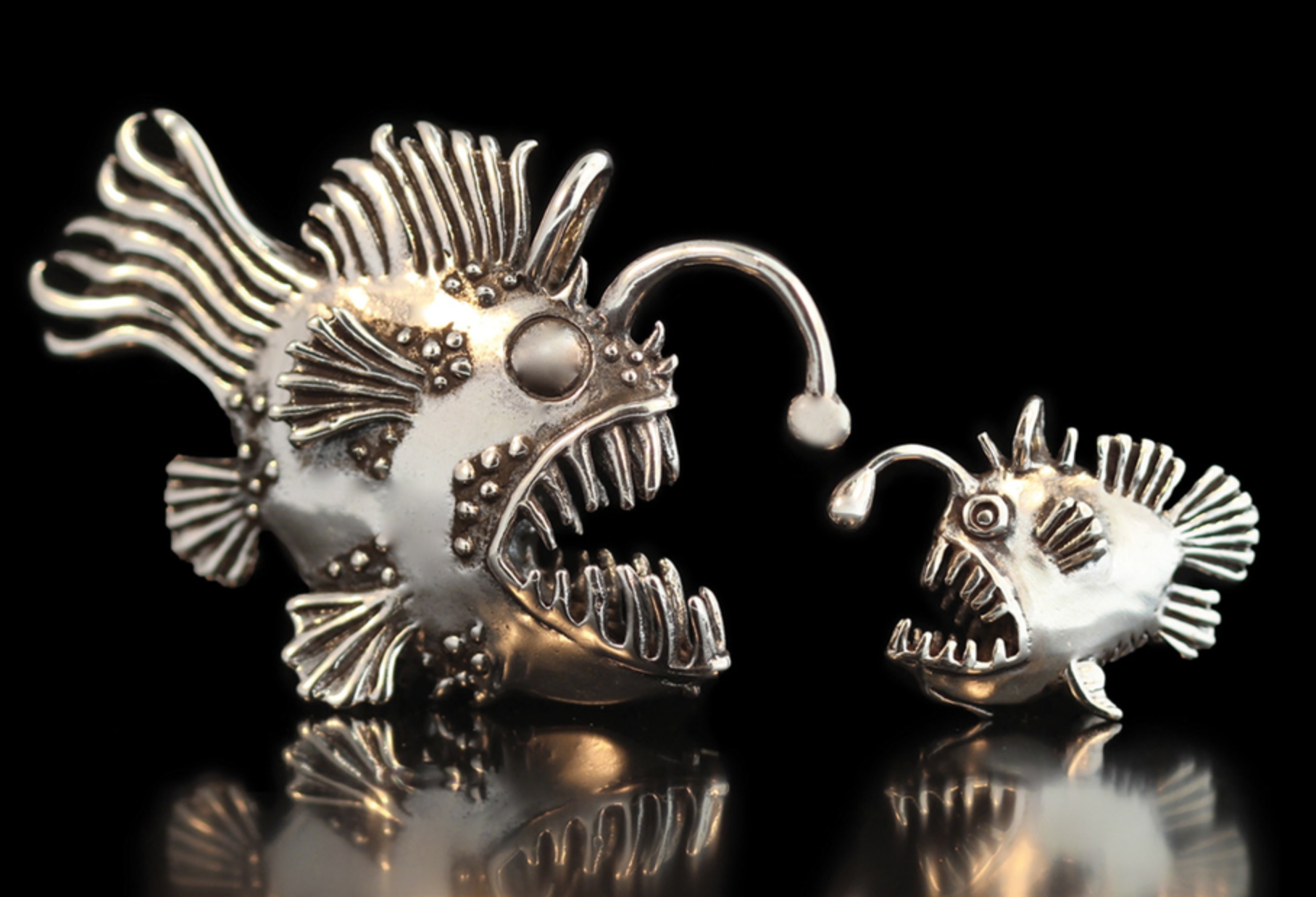 Scott Macklin - All pieces are original designs hand sculpted in wax then centrifugally cast using the lost wax method in either 14 ct gold sterling silver or jewelers bronze then antiqued , polished to show detail