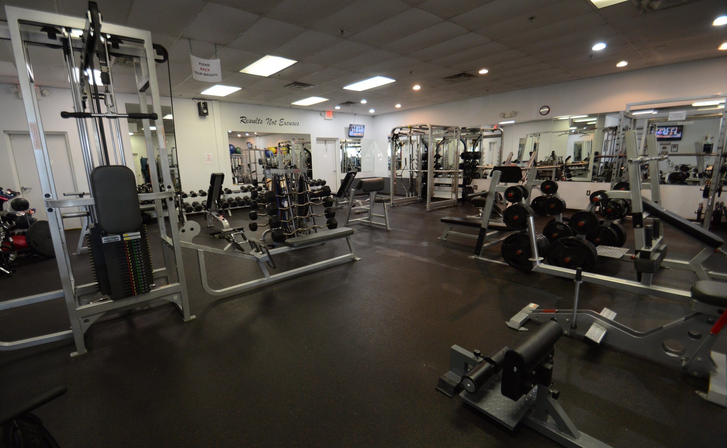 weight room #1.jpg