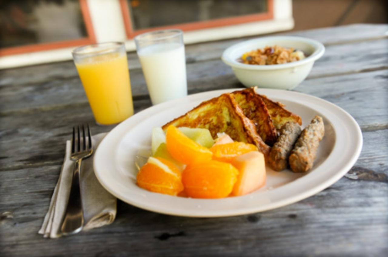 camp-breakfast.jpg