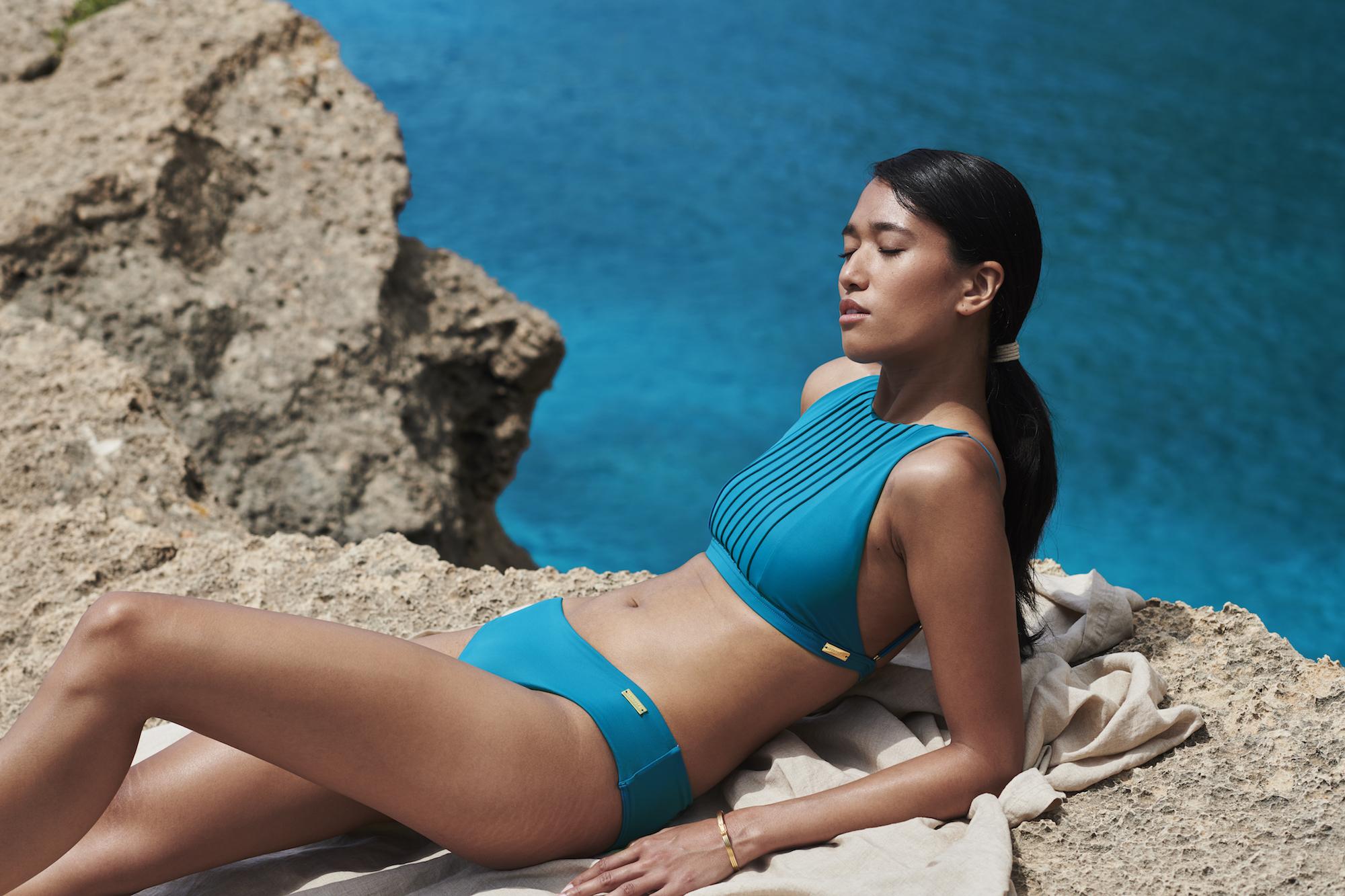 22Paradise-high-neck-bikini-top-pleats-coverage-bottom-petrol_28397.jpg