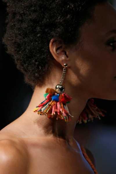 Mercedes-Benz Fashion Week Madrid_18_5d232328bba141562583848.jpg