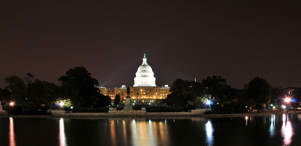 U.S. Capitol Building at Night, by  Glyn Lowe Photoworks .