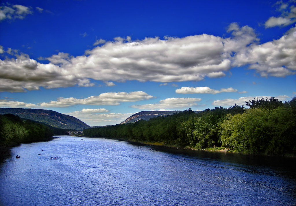 Delaware River, Northampton County–Warren County line. Photography by  Nicholas A. Tonelli .