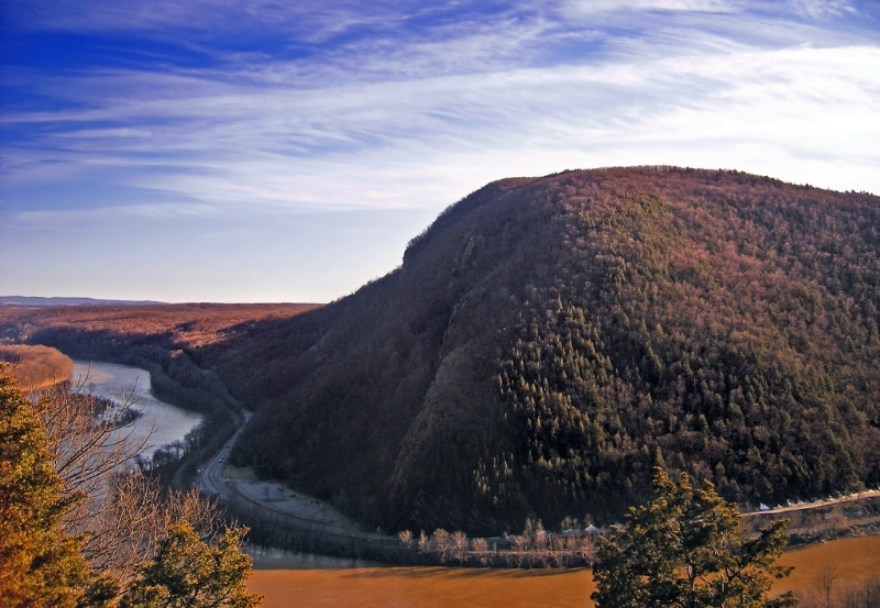 A view of the Delaware Water Gap by Nicholas A. Tonelli.