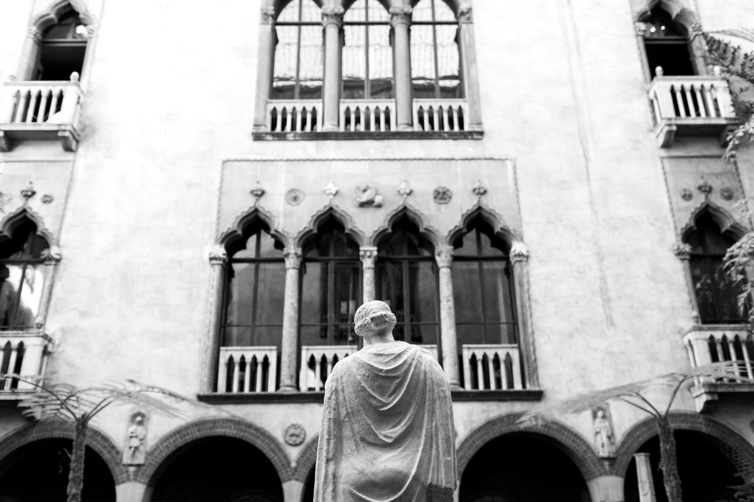 Courtyard (126 of 153)-2.jpg